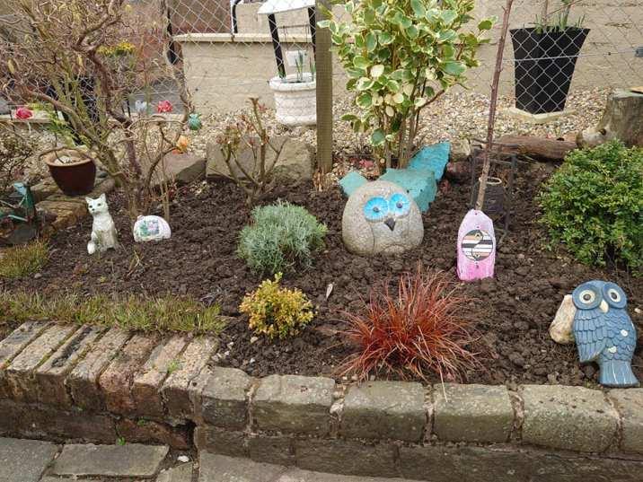 Jenni Kelly - Gardening 6