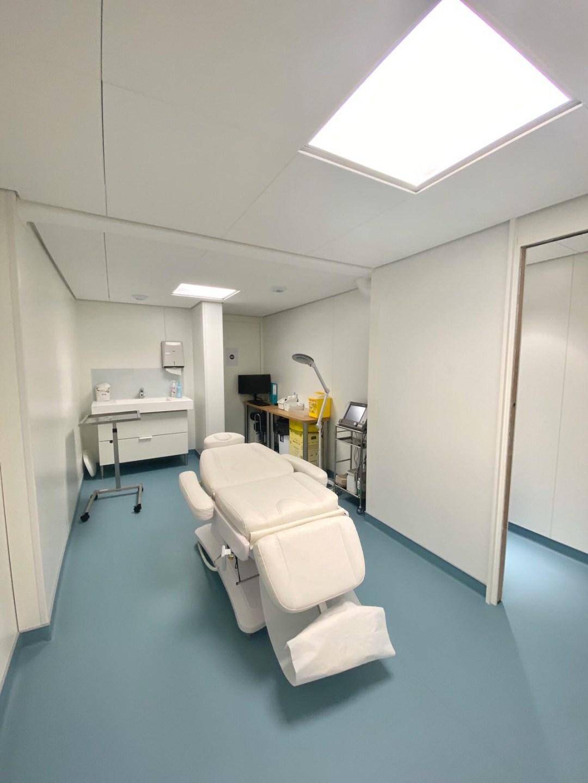 Centre Ophtalmologique Paris 17 SOS Oeil- Salle d'IVT - petite chirurgie