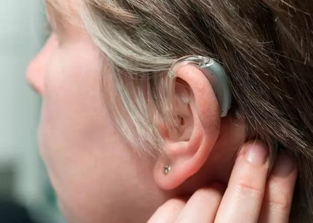 ¿Quieres que tu audífono se note menos?