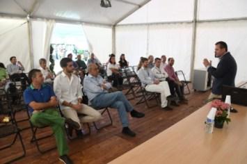 Juan Vilar explicando