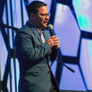 ARMAS DE GUERRA – Profeta Ricardo Herrera