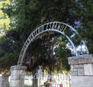 Cemeterio_entrance