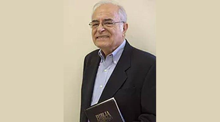 Pastor Juan Di Cesare