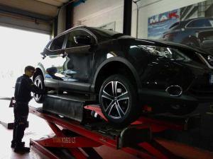Nissan Qashqai - MAK F5T Ice Black