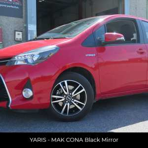 YARIS - MAK ICONA Black Mirror
