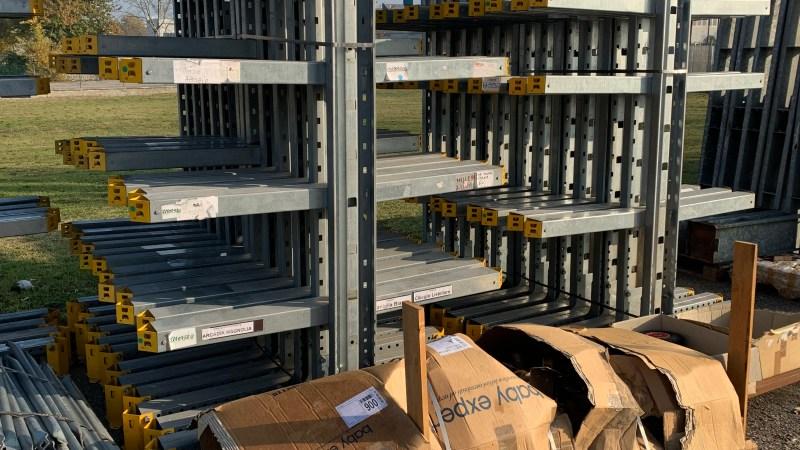 Cantilever bifronte USATI h2500 zincato con 4 braccia X lato da 1000/1200 portata 300kg a braccio interasse 1200