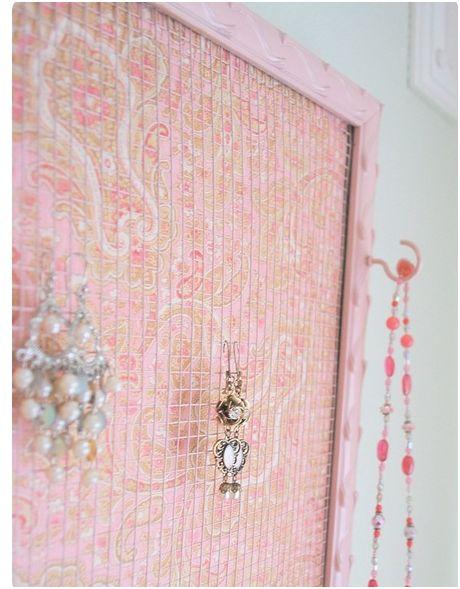 DIY: Recycled Frame Jewelry Holder | Centsational Style