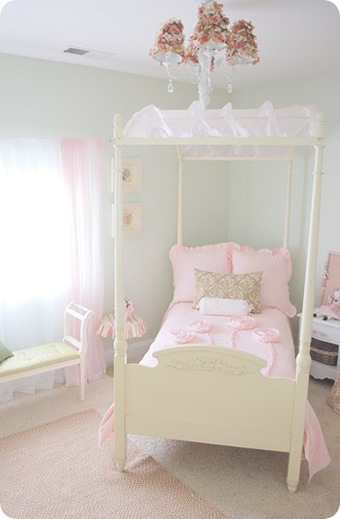 girls room after