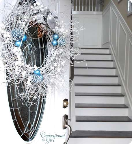 cg front door wreath door open 2