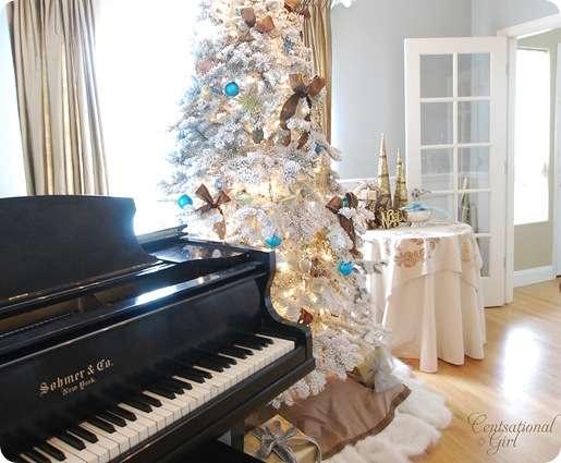 cg piano and tree