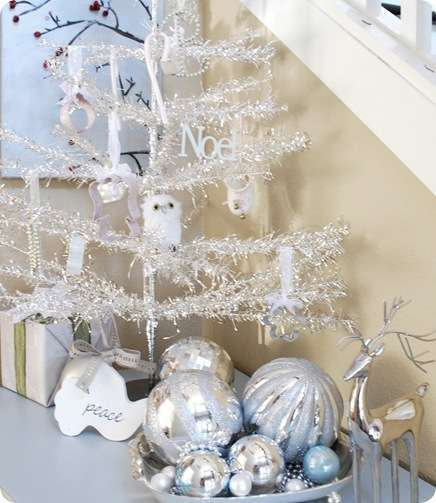foyer vignette with tree
