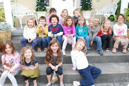 kids on steps cookie party