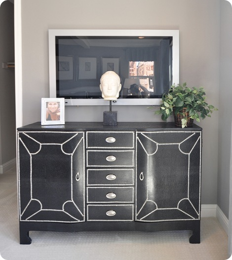 croc and nailhead console