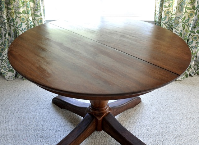 So there it is, the full step by step on how I restored the surface of my  old Pottery Barn cherry wood pedestal table!