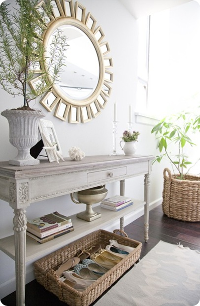 neutral foyer