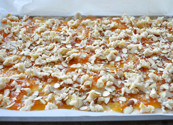crumbled shortbread topping