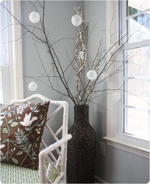 glittery string snowballs