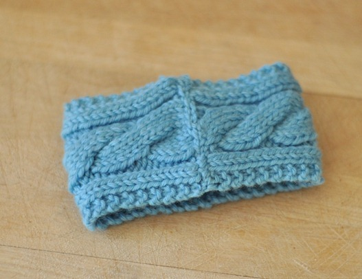 cable knit coffee cozy