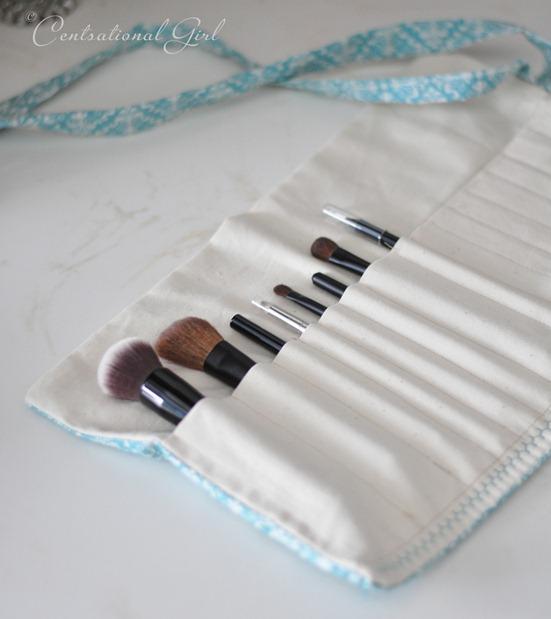 makeup brush holder up close