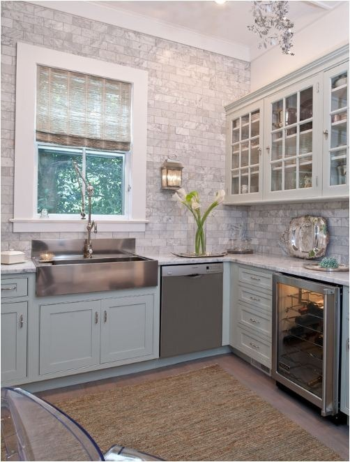 gray brick pattern tile to ceiling