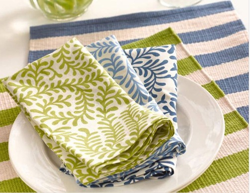 scramble table linens