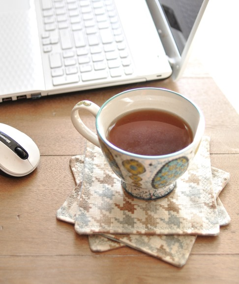 houndstooth fabric coasters