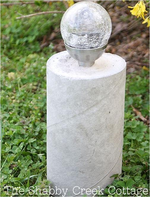 pillar solar light