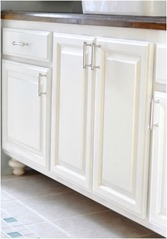 paint bathroom cabinets