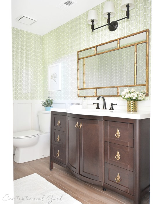 Great green and gold bathroom