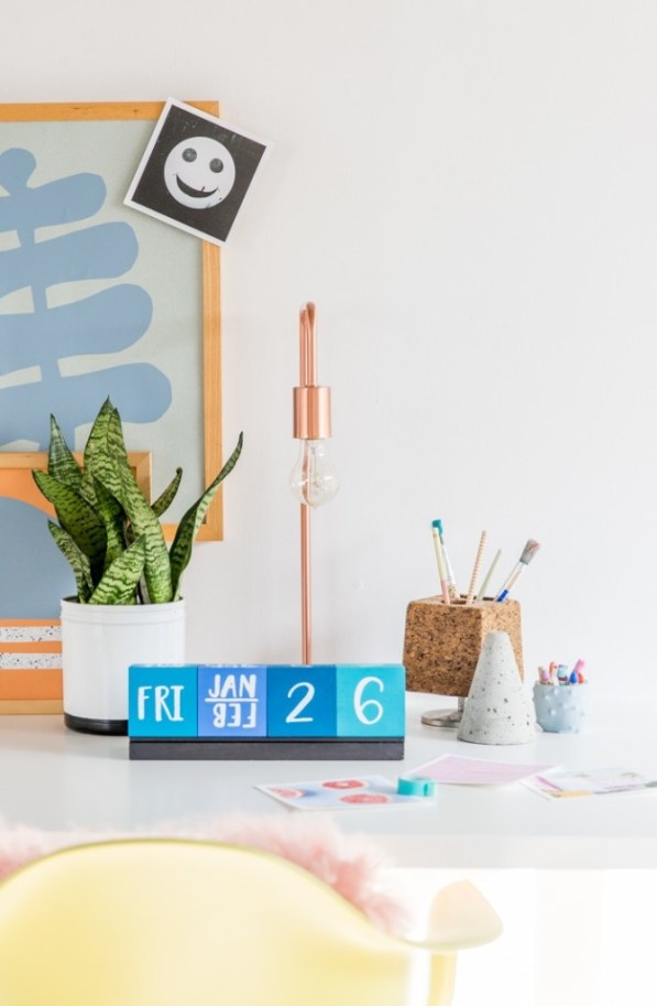 diy wood block desk calendar