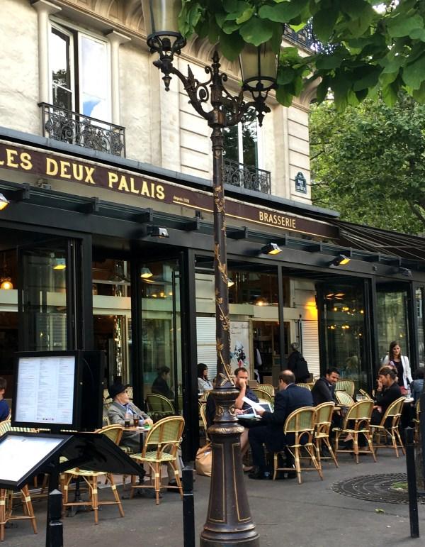 le deux palais cafe
