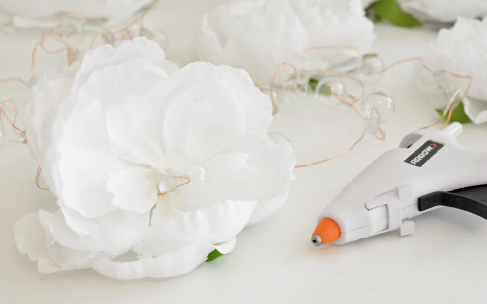 flower strand slider