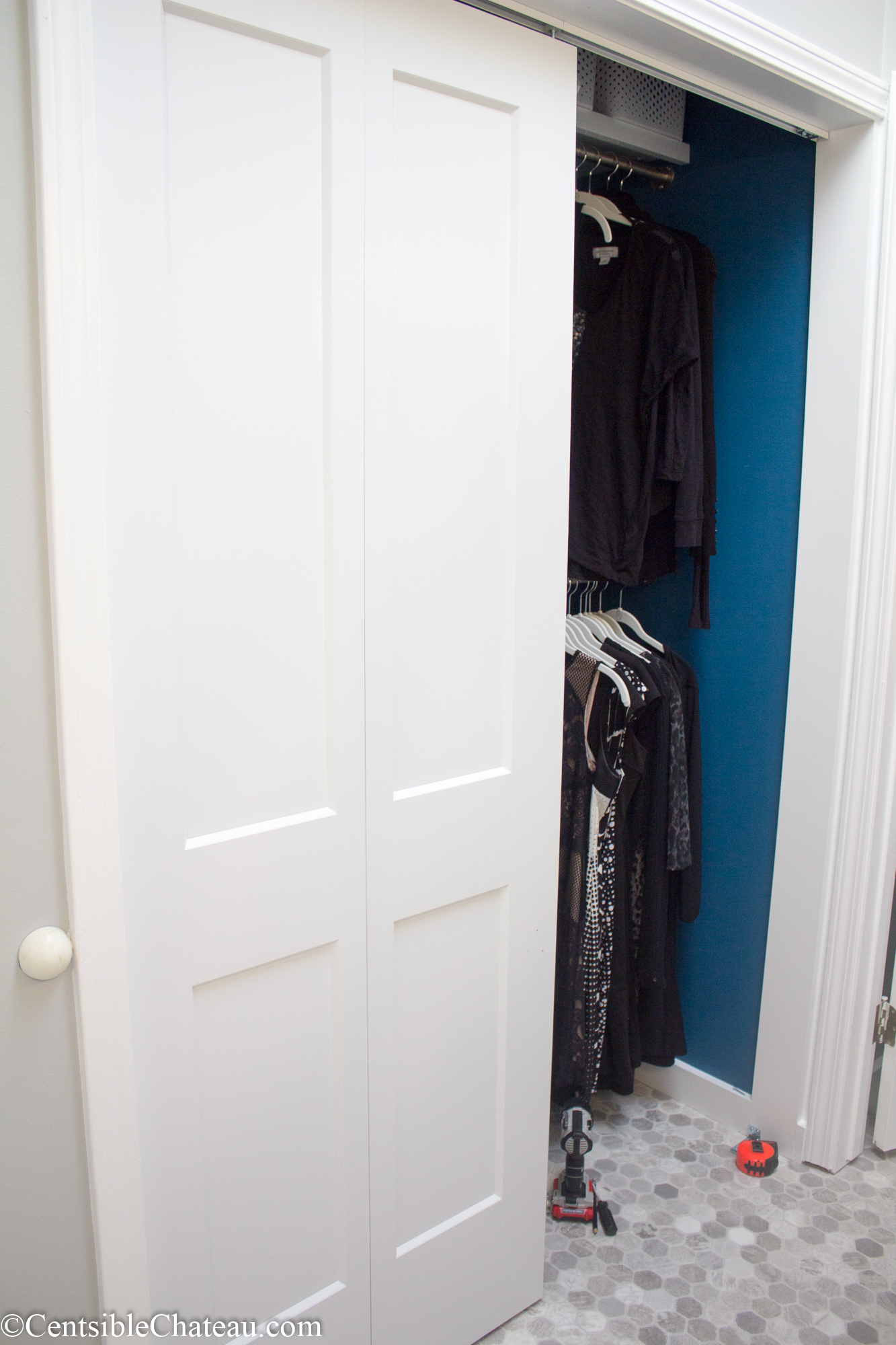 closet doors. How To Easily Install Bi-fold Closet Doors