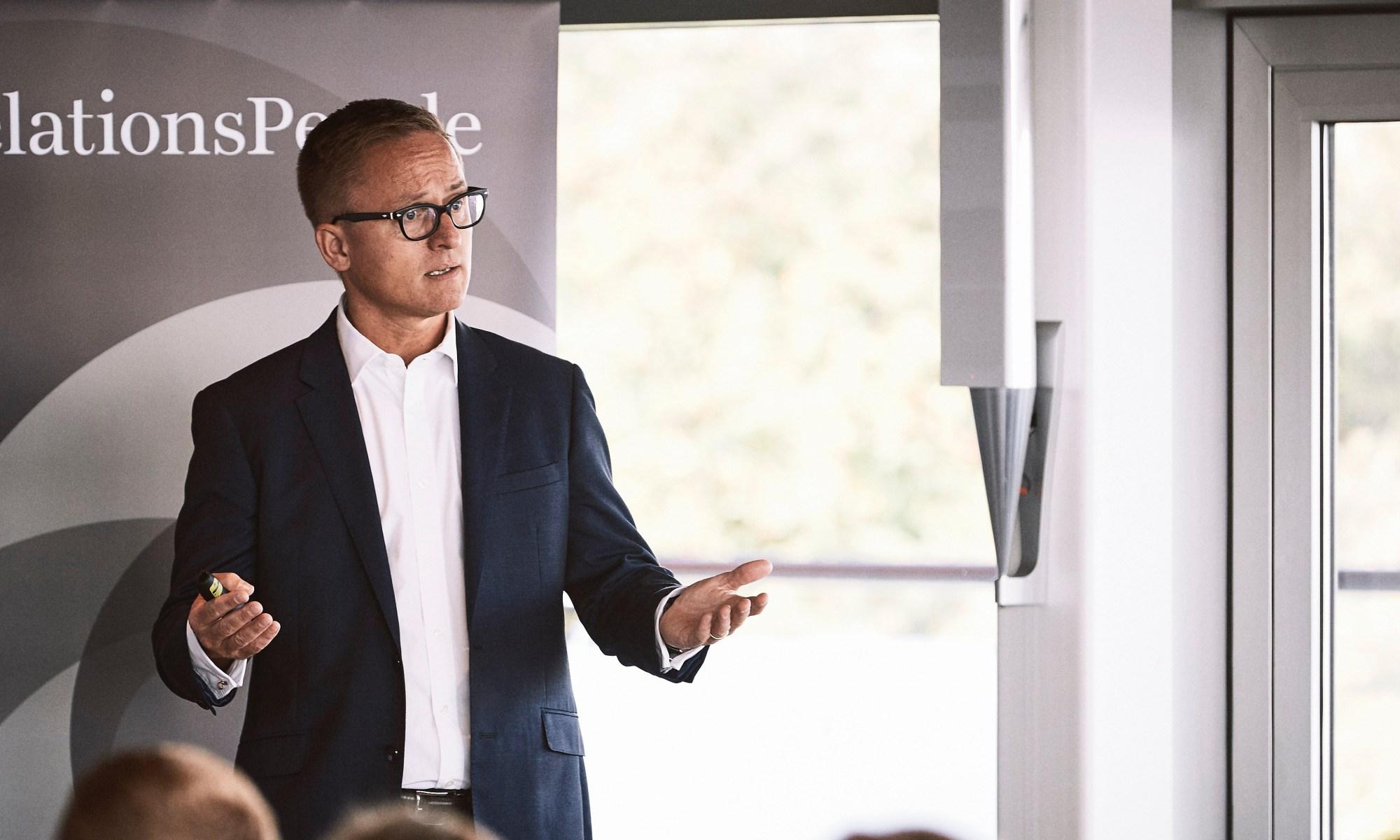 Kristian Eiberg talking at event