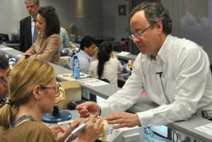 Periodoncia-cursos-Odontologia-Estetica-dental