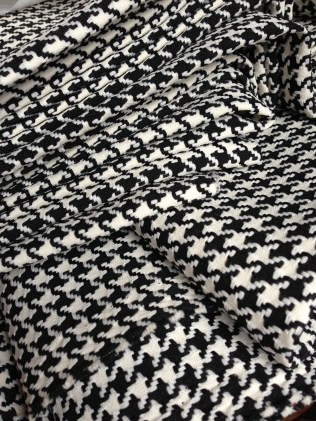 Because who doesn't love houndstooth?