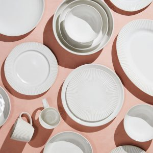 13 Clever Approved Dinnerware Sets Architectural Digest within [keyword