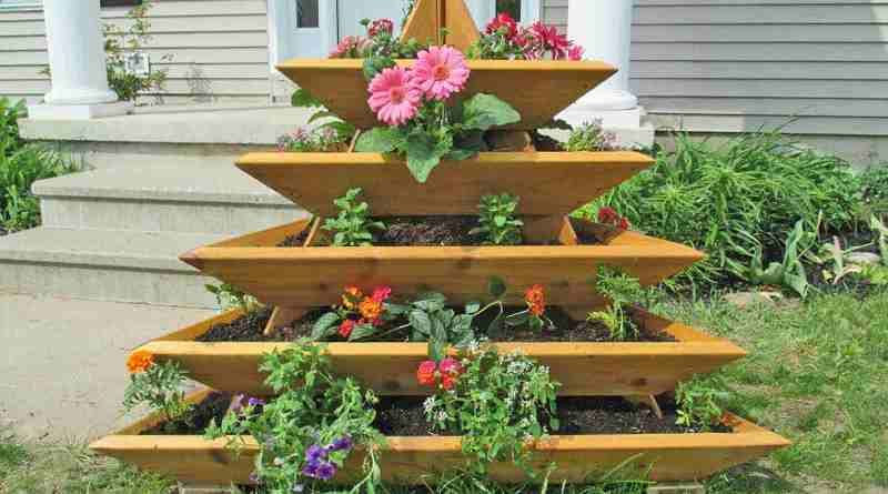 15 Raised Bed Garden Design Ideas throughout 19+ How to Build Raised Garden Beds