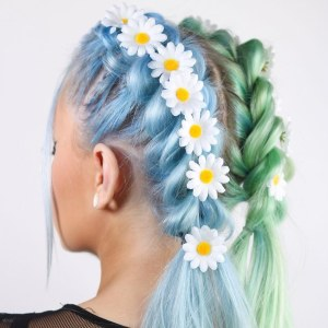 20 Festival Hairstyle Ideas For 2018 Music Festival Hair Trends in 23+ Outstanding Flower Hairstyles