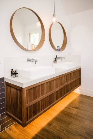 5 Bathroom Mirror Ideas For A Double Vanity pertaining to ucwords]