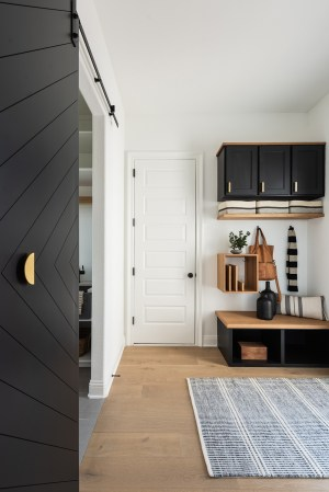 75 Beautiful Modern Mudroom Pictures Ideas February in ucwords]