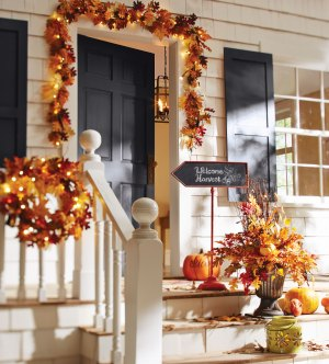 Fall Decorating Ideas For Your Front Porch And Entryway inside ucwords]