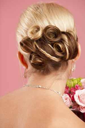 In Bloom 10 Flower Hairstyles Were Gushing Over Now pertaining to 23+ Outstanding Flower Hairstyles