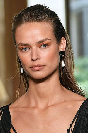 Springsummer 2019 Hair Trends Ss19 Hairstyle Trends And Colours with regard to 22+ Famous Hair Fashion
