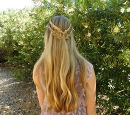 The Perfect Hairstyles For Church Time To Blossom with regard to ucwords]