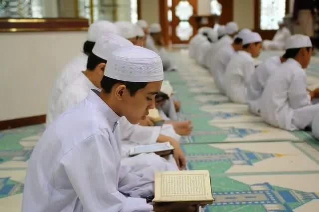 7 Pondok Pesantren Tahfidz Al Qur'an Terbaik di Indonesia
