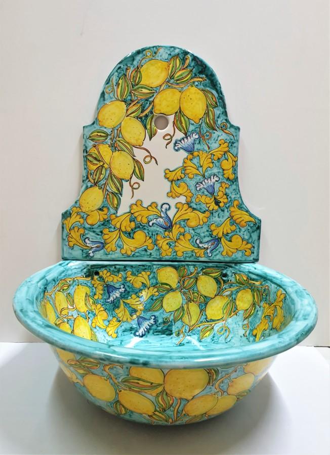 Il museo della ceramica villa guariglia. Fontana Da Giardino In Ceramica Vietrese Ceramiche Artistiche Cirillo