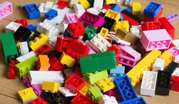 Lego Ideas goes nanoscale to build interest in materials science and     Lego Ideas goes nanoscale to build interest in materials science and  engineering   The American Ceramic Society