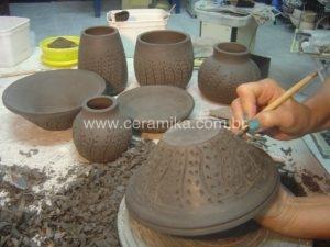 decoração em peças modeladas no torno