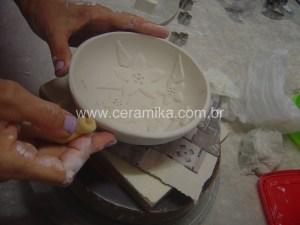 acabamento de peças em porcelana